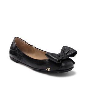 NWT Tory Burch Divine Bow Driver Ballet Flats